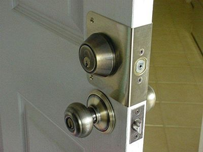 Great deadbolt lock installations with your locksmith Twickenham installers