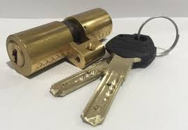 Lock changes and checks with your skilled locksmith Twickenham