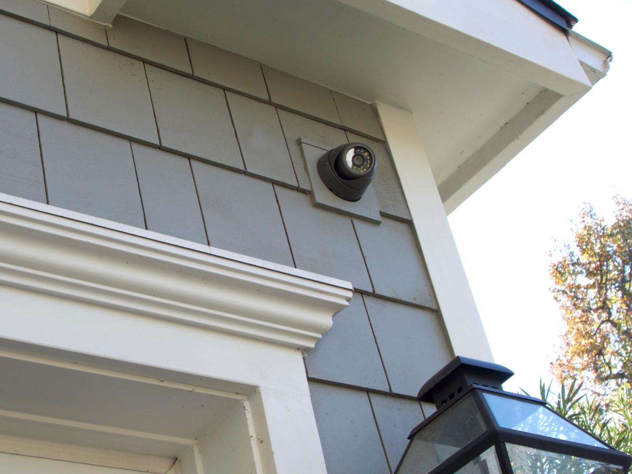 call upon your locksmith twickenham to secure your home